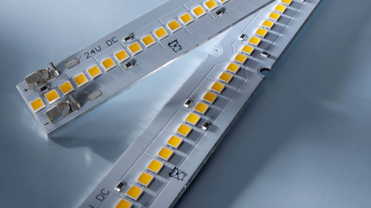 LED strips Nichia 757: Maxline with light output up to 8000 lm / m